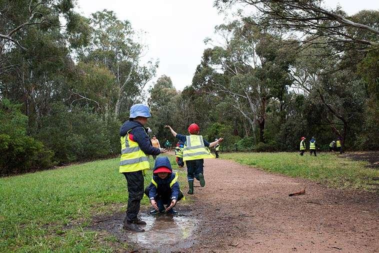 Children Near Merri Creek During Batman Park Kindergarten's Bush Kinder Programme. Photography By Birdhouse Digital.